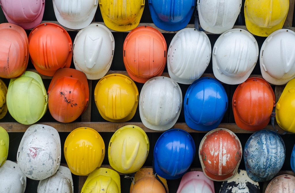 Hard hats to mitigate risk