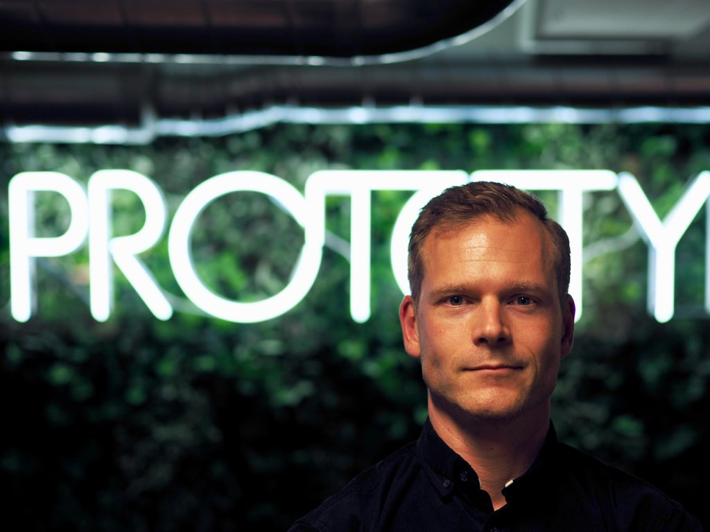 Tobias Bard is the CEO of digital innovation agency Prototyp. They get constant feedback thanks to how they work.