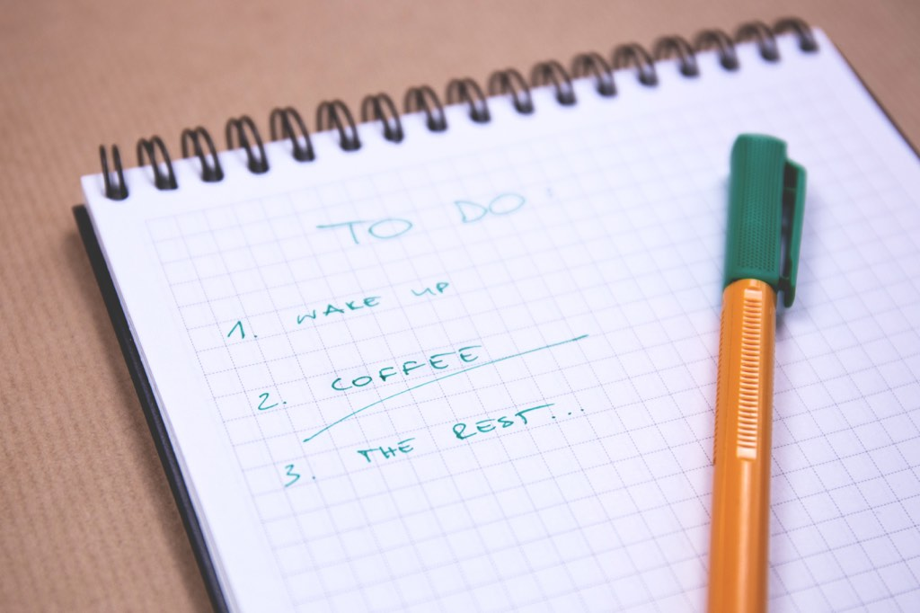 A checklist is handy when reviewing new leads and prospects for cultural fit.