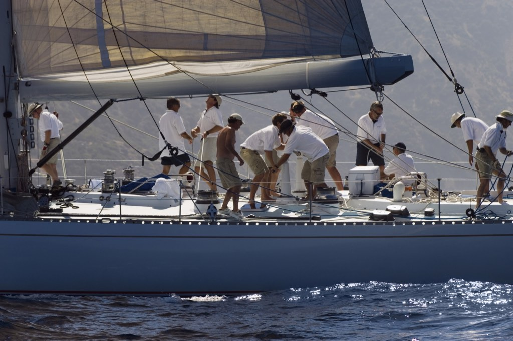 The sailboat is an effective metaphor for a project and can be used during a feedback meeting.